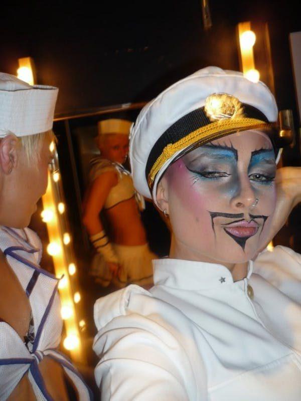 Performer Leo DeLush. Debbie Draper
