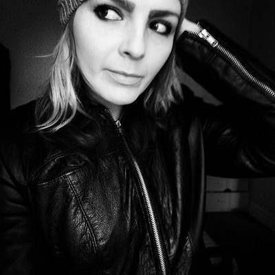 Saffire Rose Delivers Powerful Vocals