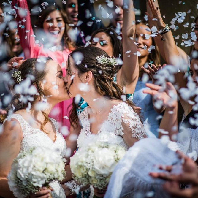 lesbian-wedding-lotl